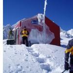 Ski touring base