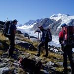 Mountain guide providing special training